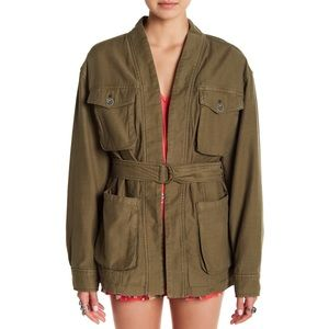 🎉Sale!🎉 FREE PEOPLE in our nature cargo jacket